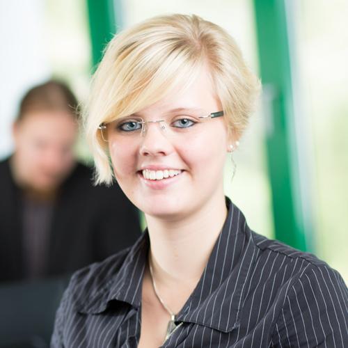 Nina Röhrmann, Sales bei primeLine Solutions - Die Server Experten